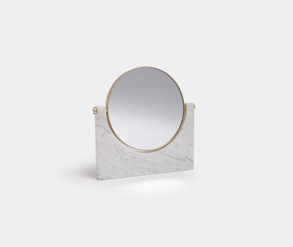 Menu 'Pepe' marble mirror, white