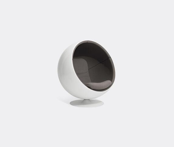 Eero Aarnio Originals 'Ball Chair', light grey Hallingdal