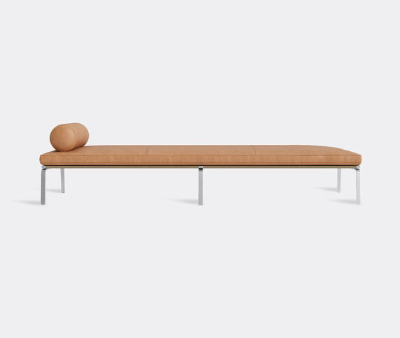 NORR11 'The Man' daybed, camel