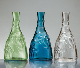 BD Barcelona Casa De Familia Bottle. Blue 3
