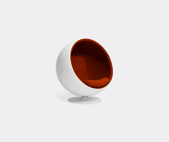 Eero Aarnio Originals 'Ball Chair', red Hallingdal