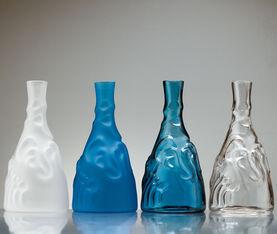 BD Barcelona Casa De Familia Bottle. Transparent 3
